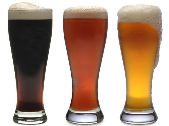 Die 7 besten Biere für Autofahrer | eatsmarter.de #malzbier #weizenbier #weissbier #leichtbier #radler #alsterwasser