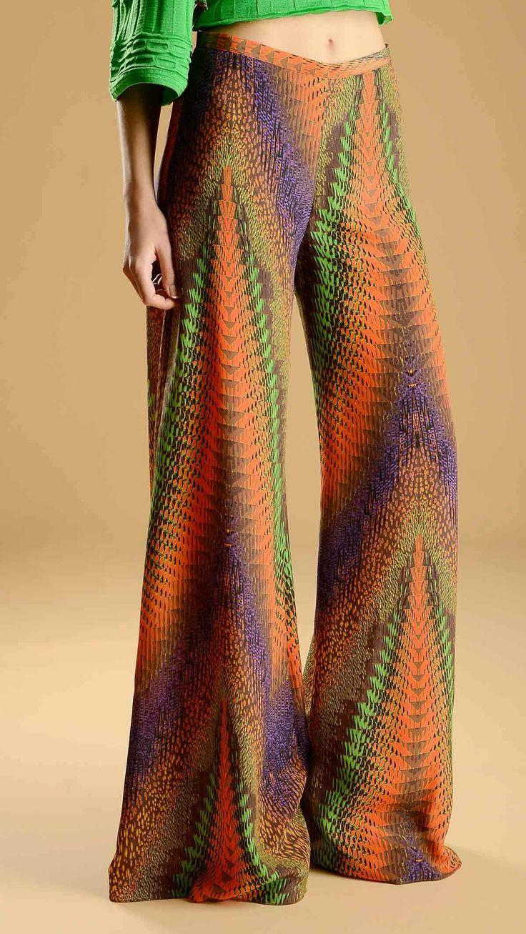 Missoni Multicolour patterned wide leg trousers, high waist, concealed side zip fastening, 100% silk.