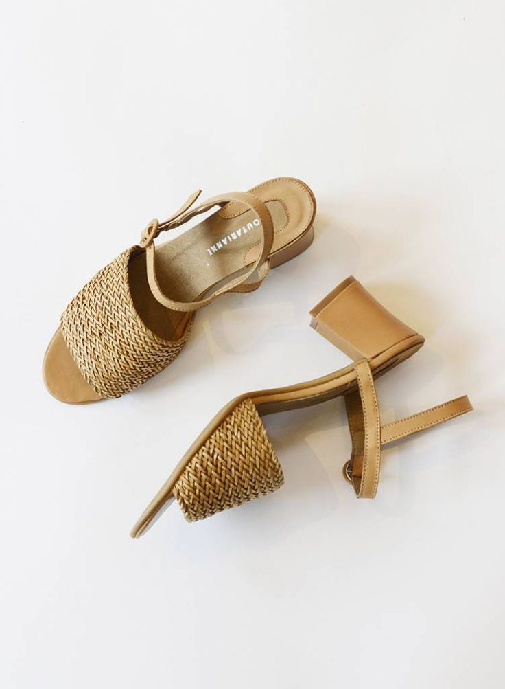 free shipping a23f7 d4619 About Arianne | Outfit Inspiration in 2019 | Fashion Shoes ...