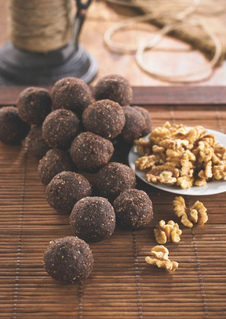 Brain Balls: 2 cups walnuts, halves and pieces 1 cup sunflower seeds 1 cup coconut, shredded 2/3 cup cocoa powder 8 fresh dates, pitted and coarsely chopped 2 tablespoons water Pinch of salt 1 to 3 drops peppermint oil (optional)