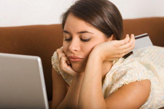 Está louca para comprar um vestido que viu em um site e-commerce? Sem dúvida, a telinha do computador é muitas vezes uma vitrine tentadora! Mas fazer compras pela internet pode ser um negócio arriscado.