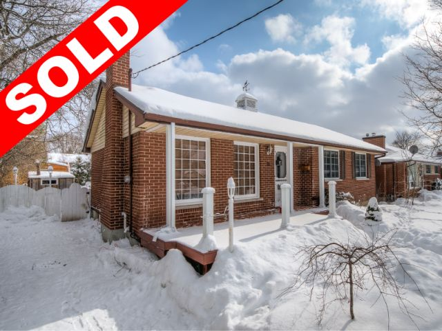 SOLD! - 98.8% of Asking Price in 2 Days! - 13 Centre Cr, London -   http://www.JeffBroughton.ca/listing/cms/13-centre-cr-london/ -   #Sold #RealEstate in #London #Ontario by #Realtor