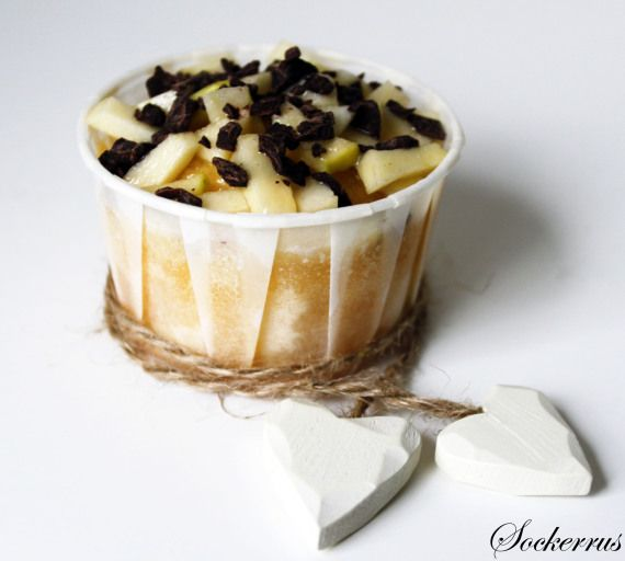Recept: Vaniljmuffins med Äpplen, Mörk Choklad och Salt Karamellsås |