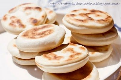 Le tigelle modenesi - Trattoria da Martina - cucina tradizionale, regionale ed etnica
