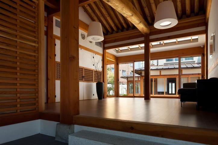Korean-style House : Surgical Hospital / Guga Urban Architecture