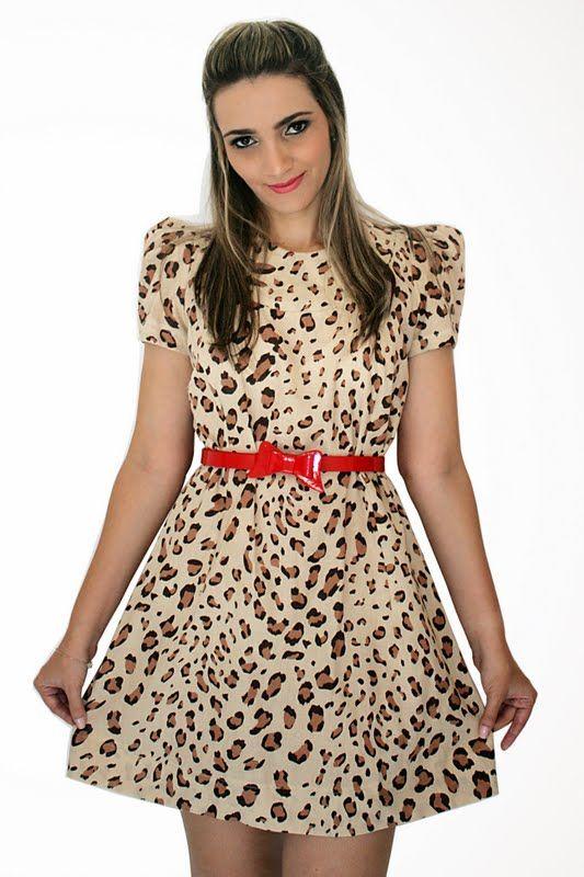 vestido curto com manguinha