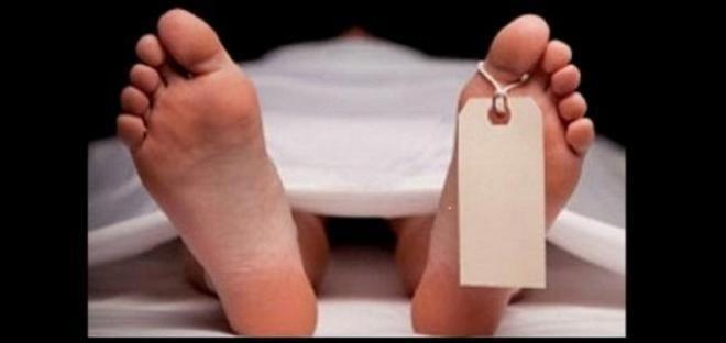 Covesia.com - Warga digegerkan dengan penemuan sesosok mayat pria bertato tanpa identitas tergeletak di depan toko sepatu di kawasan pertokoan Gandawijaya Kel....
