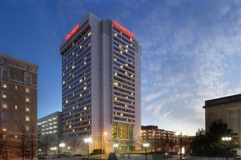 Sheraton Nashville Downtown Hotel is situated in the heart of the country's Music City! Rooms from $165 per night.