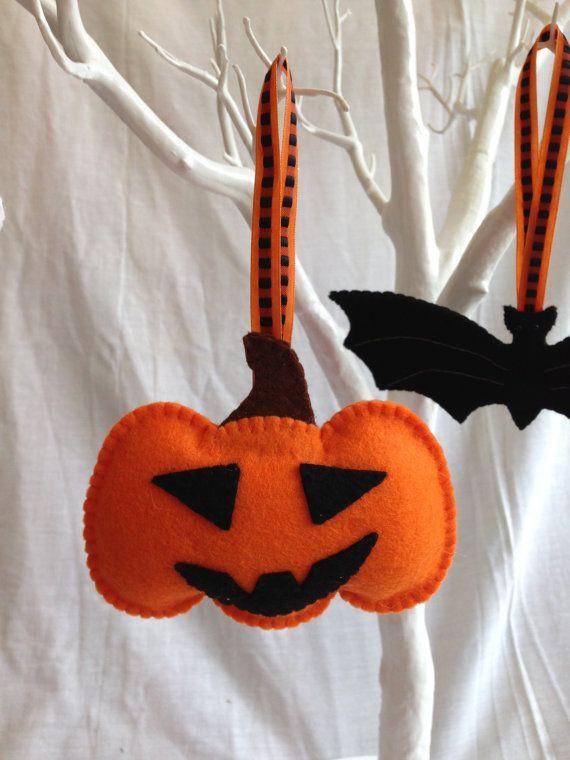 Halloween Decorations Felt Bat Skull Cat Pumpkin by MichelleGood