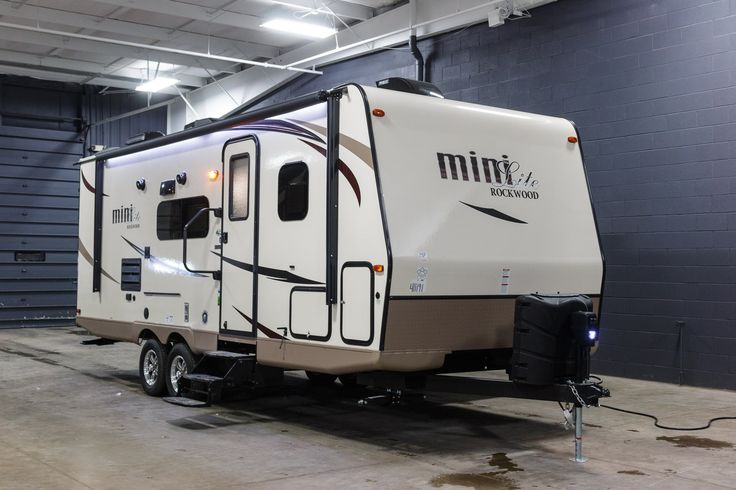 The New 2017 Forest River Rockwood Mini Lite 2504S you're looking for is available for purchase at Terrytown RV Superstore today! Ask for VIN# 411191.