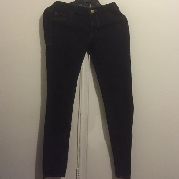 Armani Exchange J11 Skinny Jeans. Indigo blue, jeggins fit skinny jeans. Perfect condition Armani Exchange Jeans Skinny