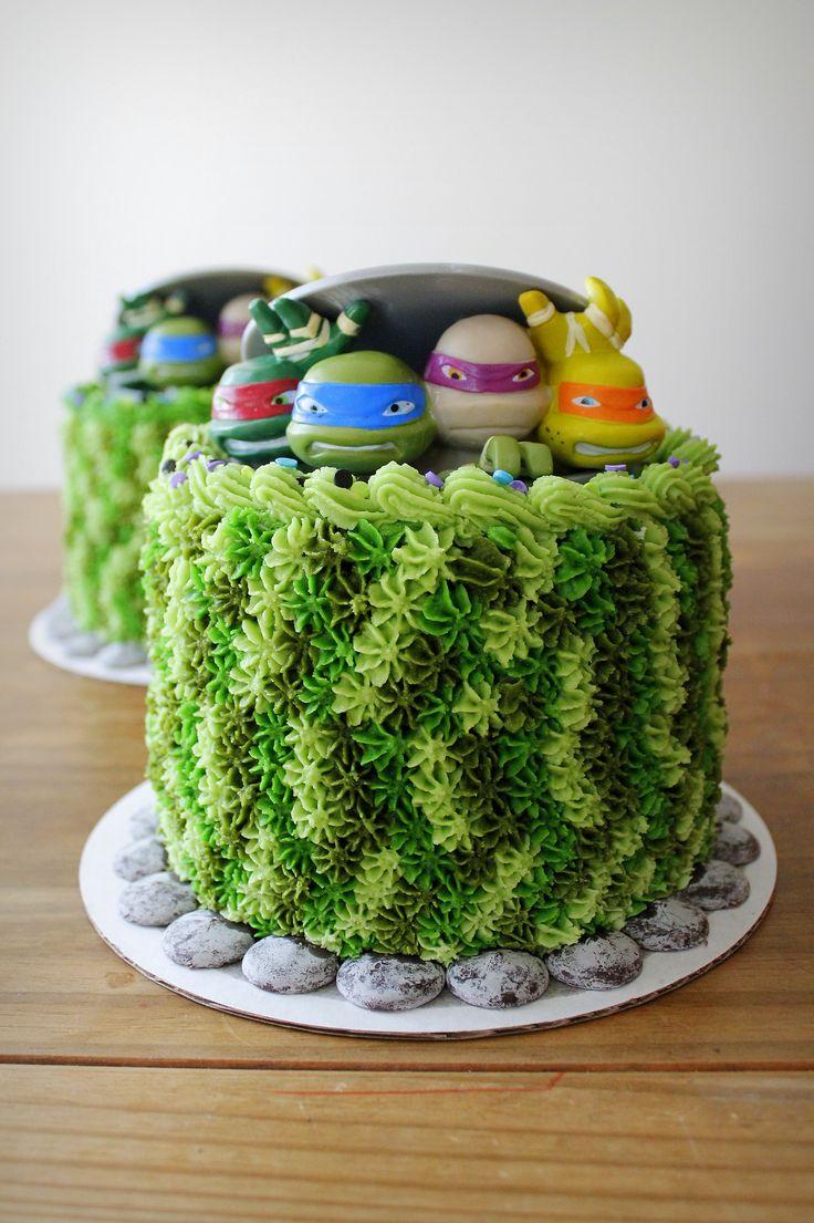 'Teenage Mutant Ninja Turtles' cakes