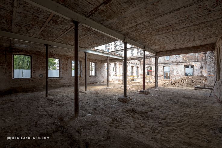 Koneser w budowie | Po rewitalizacji ten zabytkowy budynek Warsztatu będzie miał funkcję gastronomiczną.