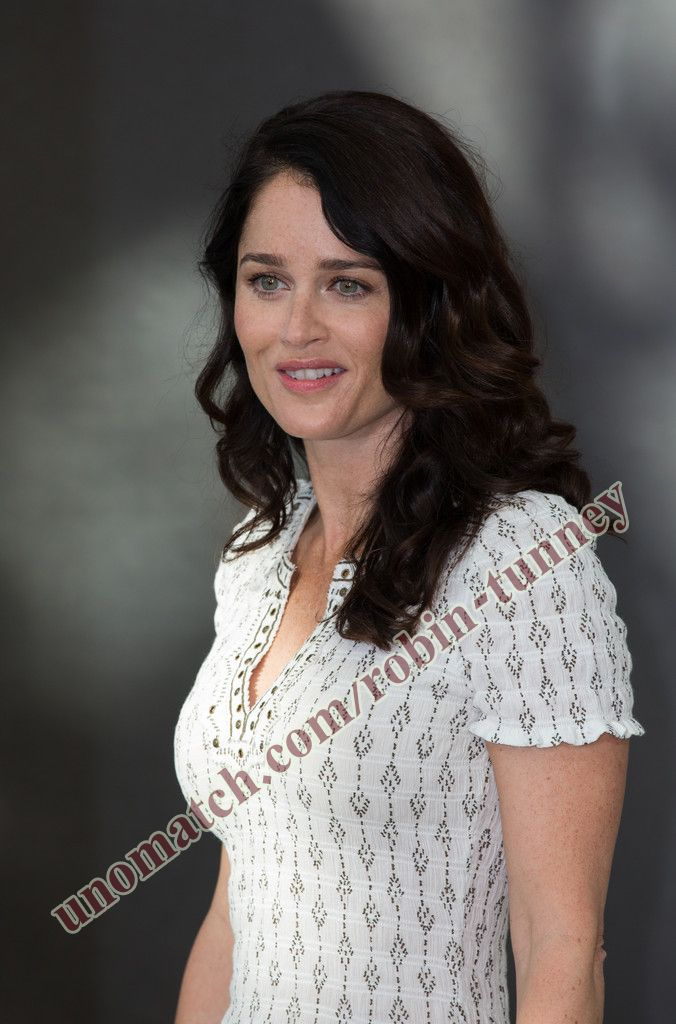 robin-tunney-giving-a-blow-job-play-domination-stories