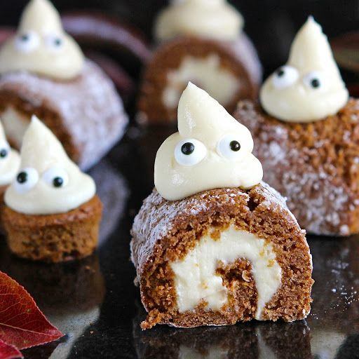 Halloween Pumpkin Mini Rolls - A Ghostly Gathering (free from gluten