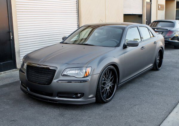 Random Snap: Custom 2011 Chrysler 300