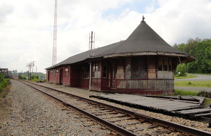 17 best images about abandoned places things on for Railroad stations for sale