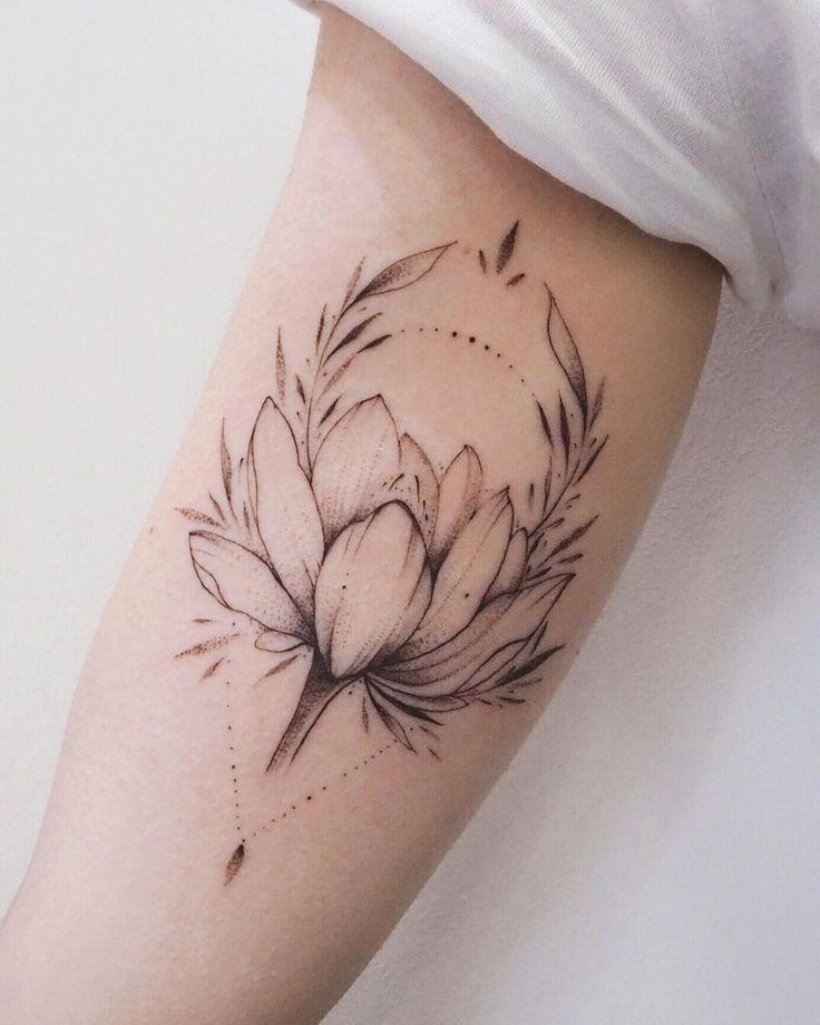 Flower Tattoo by Darylis Tattoo  #tattoo #underarm #flowertattoo #floral #feminine