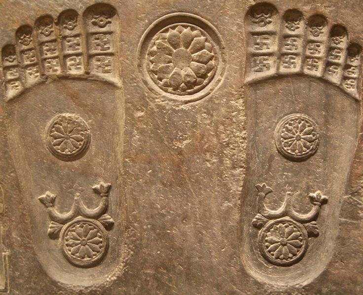Do you enjoy working with clay? Fertilize the earth in the North sector of the garden with a plaque of Buddha's foot prints. Make sure that you design feet with straight yogi toes. Image: A sculpture from ancient Gandhara, South Asia, depicting the footprints of the Buddha, known in Sanskrit as Buddhapada.