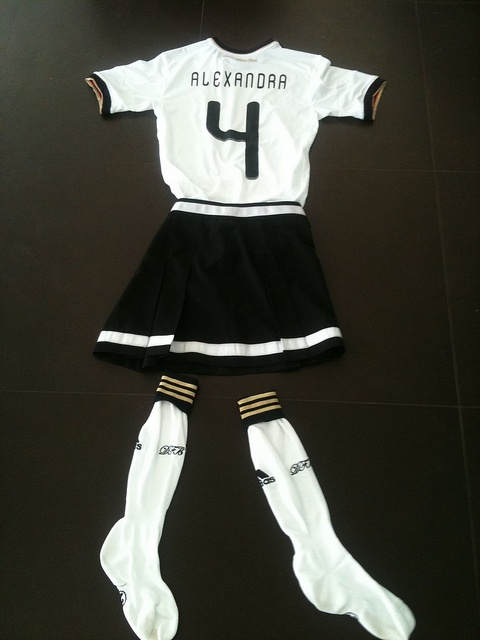 Outfit Fußball WM 2010 by Lots of Ways GmbH - PR-Agentur in Stuttgart, via Flickr