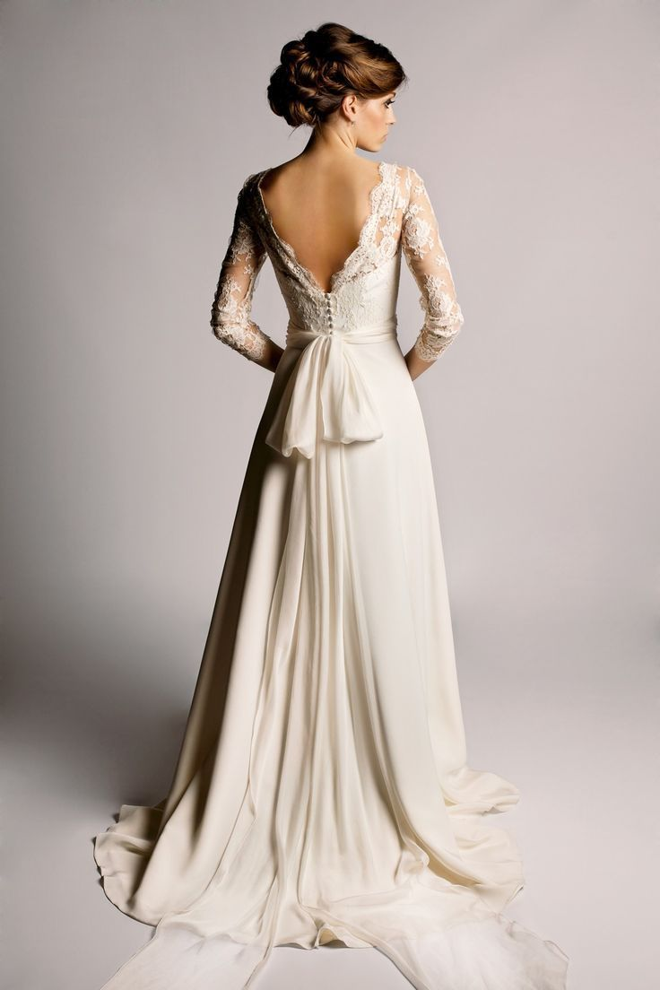 Best Designer Wedding Dresses - Vera Wang & more (BridesMagazine.co.uk) (BridesMagazine.co.uk) #wedding #weddingdress
