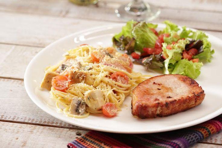 Unos deliciosos platos en Il Forno ... sabor italiano.