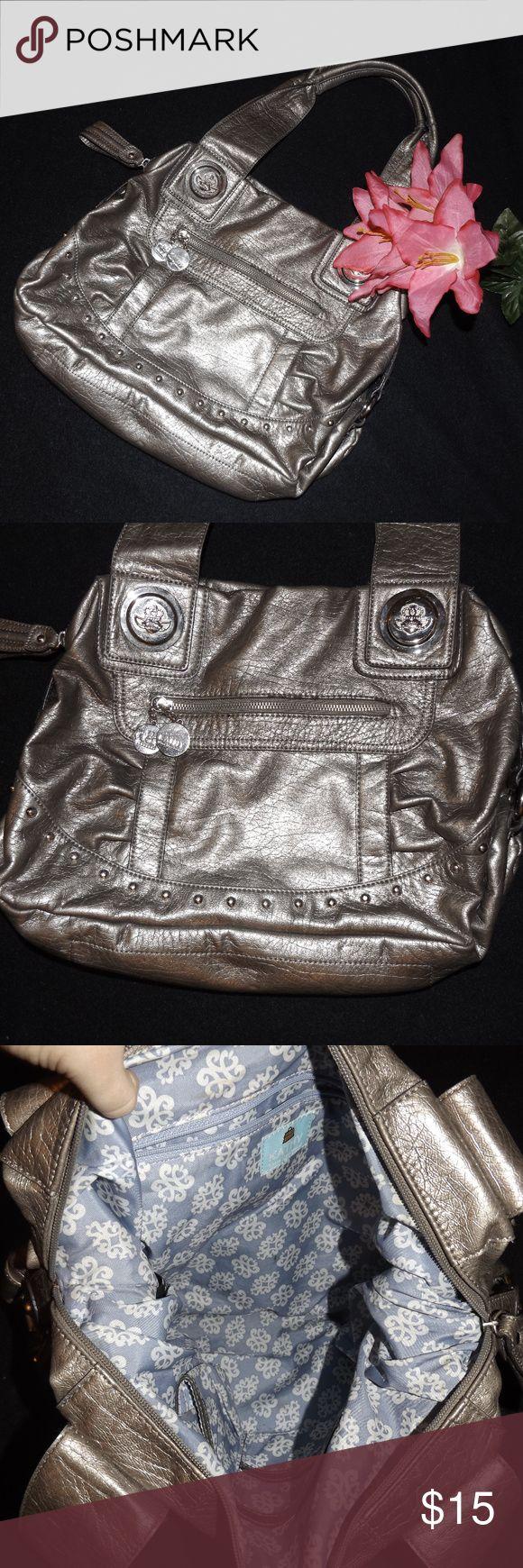 Kathy Van Zeeland Handbag Multiple Pockets, Really nice condition Kathy Van Zeeland Bags