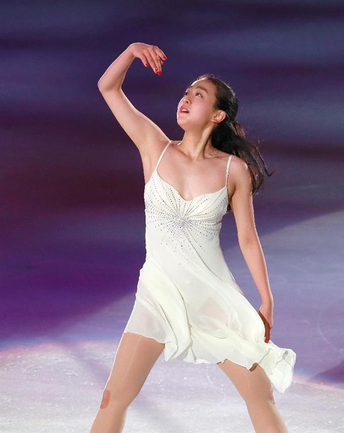 「THE ICE」で演技をする浅田真央=大阪市中央体育館(撮影・松永渉平)