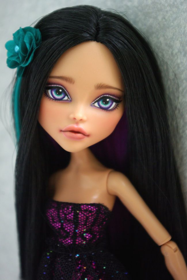 OOAK Monster High   Cleo de nile  custom Repaint by Hyangie