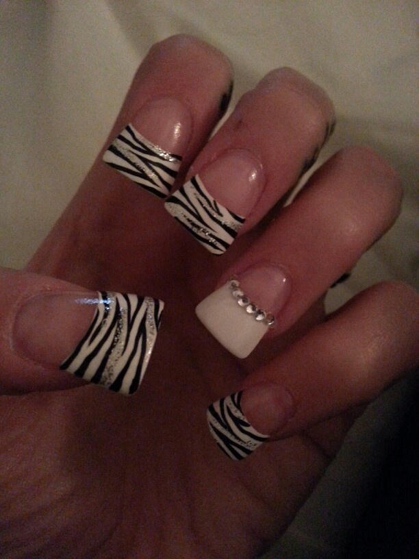 "Flare tip zebra with rhinestones. I don't personally like ""flare tips"" but I really like the design of this. :) #beauty #nails"
