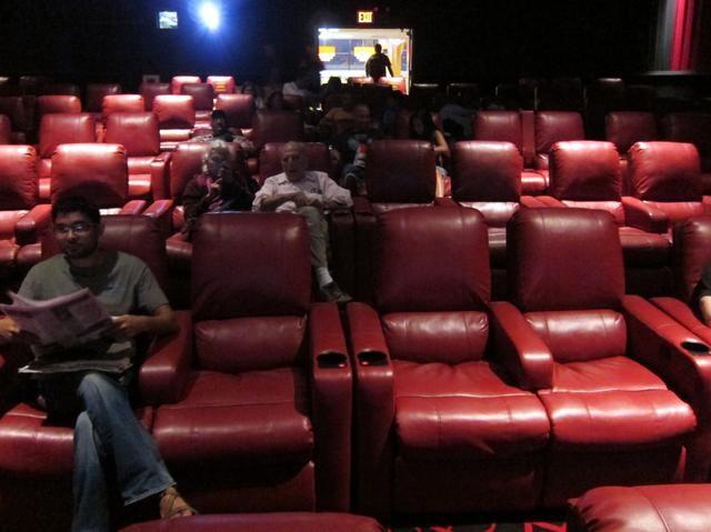 photos manhattans worst movie theater transformed into