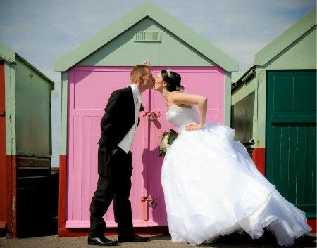 10 money saving wedding ideas your guests won't even notice