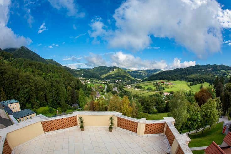 Pogled sa balkona hotela Sofijin dvor! #travelboutique #Slovenia #Rimsketerme #putovanje #odmor #relaksacija