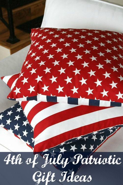 4th of July Patriotic Gift Ideas - Star pillows. Look at these decor ideas for your holiday home to give to the host or hostess! #4thofJuly #entertaining