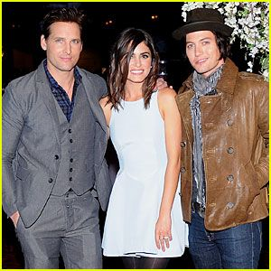 Nikki Reed & Peter Facinelli: 'Twilight' Experience Exhibit Launch! | Jackson Rathbone, Nikki Reed, Peter Facinelli : Just Jared