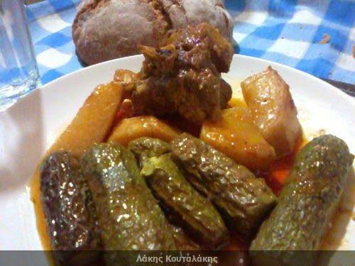 Συνταγές! Λάκης Κουταλάκης: Κολοκυθάκια με κρέας
