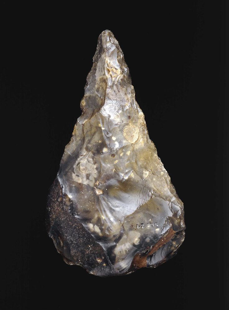 This finely pointed flint tool found in London was made by early humans around 350,000 years ago, long before homo sapiens reached Britain, but the way it has been shaped shows a strong feeling for symmetry and even 'beauty'.