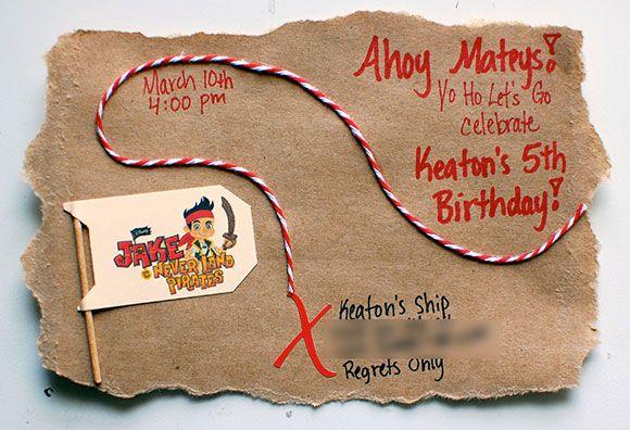 verjaardag, jarig, partijtje, uitnodiging, thema, ninja, ninjago, lego, kind, peuter, kleuter, jongen, meisje, zelf, maken, idee, tips, diy, feestje, verjaardagspartijtje, ballon. ijsje, lieveheersbeestje, schatkaart, piraten, jake, nooitgedacht, pinata, draak, dino, krijtjes, rupsje, nooitgenoeg, regenboog