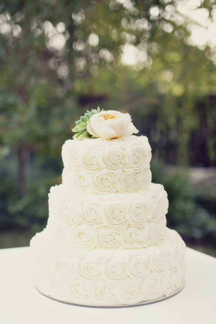 17 Best ideas about Rosette Wedding Cakes on Pinterest