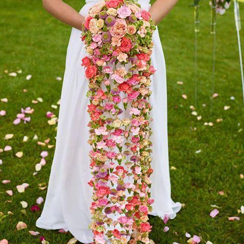 #brud #bryllup #wedding#kjærlighet #love#interflora#blomsterstua#bukett#brudebukett#bridalflowers #weddingflowers#blomsterstuajessheim