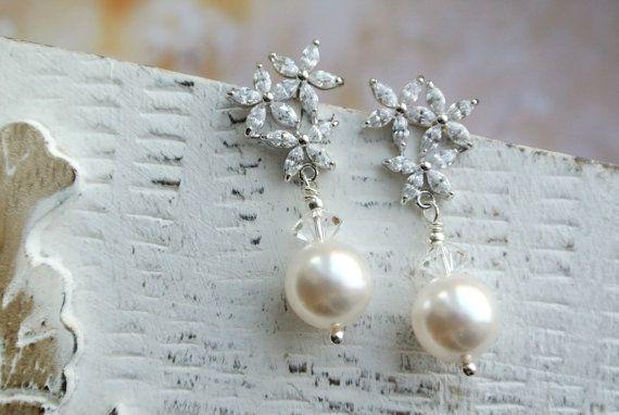 ON SALE Pearl Stud Earrings  Pearl Drop Earrings Wedding Earrings Bridal Stud Earrings Crystal  Earrings  Wedding Jewellery