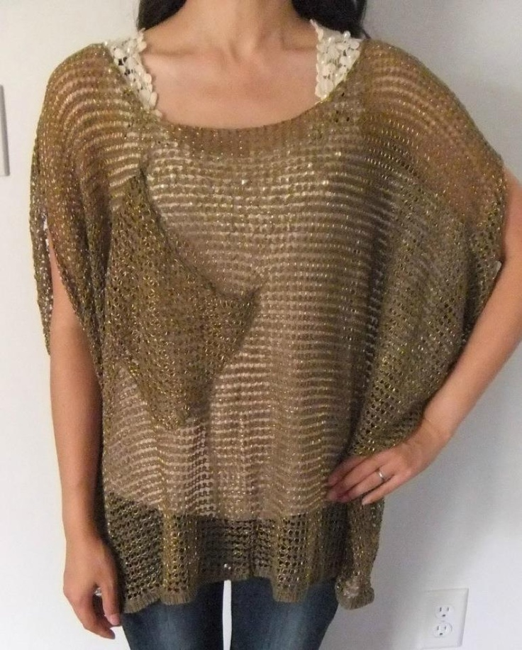 "Easy Match Oversized Top- Green.  QTY:1  Length:22"" Arm Hole: 9""  Was:24  Now CAD$12"