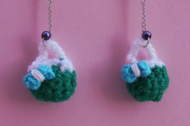 Dangle Earrings – Green purse shaped earrings. Crochet – a unique product by DanyCream on DaWanda