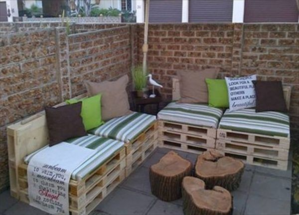 Nice Furniture, Charming Tree Trunk Coffee Table With Wooden Pallet Couch Also  Green Striped Pads And