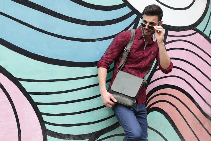 Boys, you will be swerving towards dapper fashion this season wearing a pair of dark denims, a maroon shirt, sneakers, your sunglasses on and a military green #slingbag from #Baggit, available at any Exclusive Baggit Outlets and at www.baggit.com. #GetTheLook #casualbag #mensfashion #Baggit #casual #mensbags
