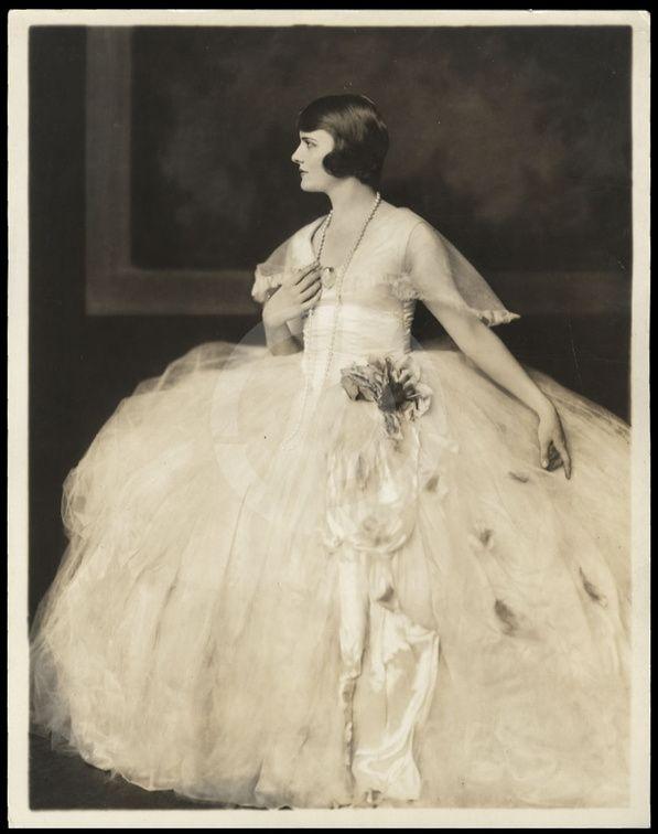 Ziegfeld girl by Alfred Cheney | Ziegfeld Follies ~ Alfred