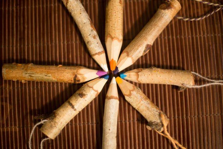 NaturPenna är en unik handgjord penna från skogen för naturliga inspirationer. Tillverkat för att öka miljömedvetandet hos barn och föräldrarna. #naturpenna . Photo by http://alexandervik.com