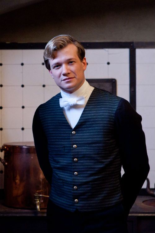 Downton Abbey Catch Up: Ed Speelers Turns Heads in New Roles