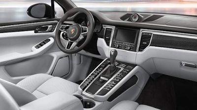 2019 Porsche Macan Inside
