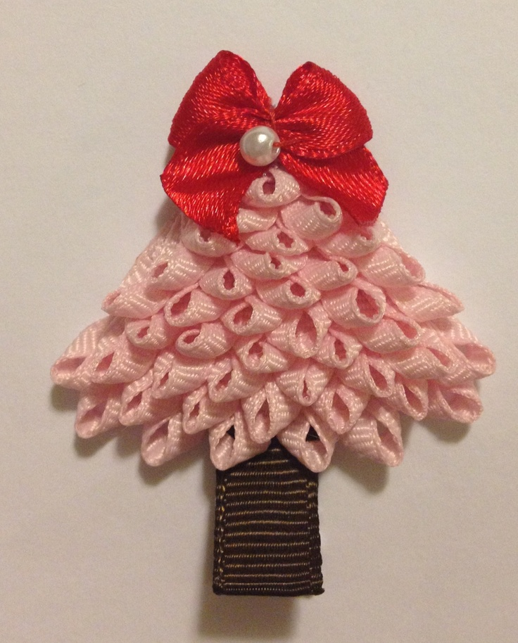 Baby Bug Wear Christmas Tree Ribbon Sculpture Hair Clip